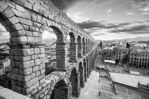 roman-aqueduct-bn